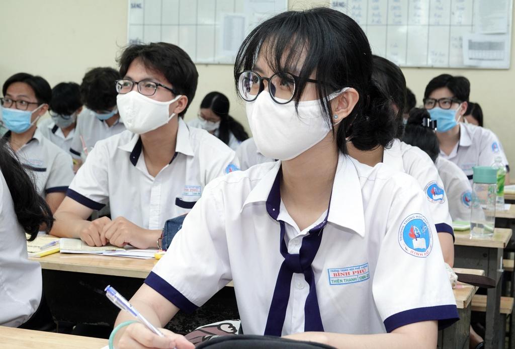Bộ Giáo dục: Không tăng học phí năm học 2021-2022