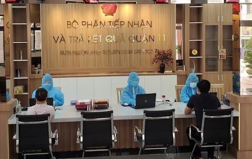 TP.HCM: 100% công chức có thẻ xanh, thẻ vàng COVID được làm việc tại trụ sở sau 15/01/2022