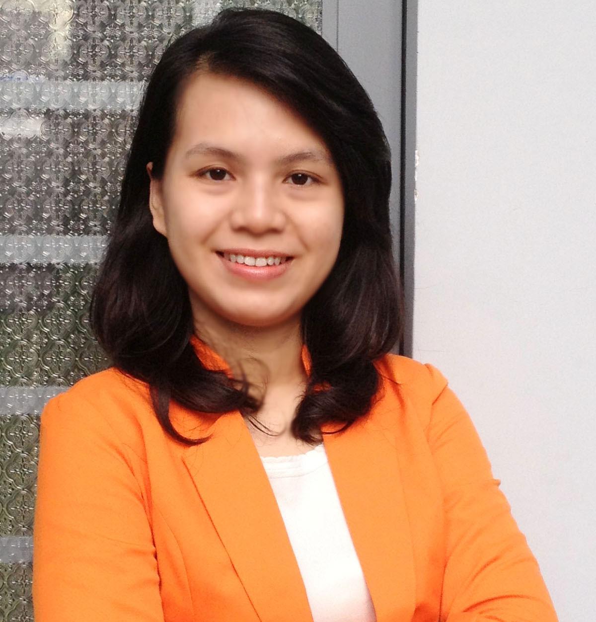 Ms. Huyền Trang