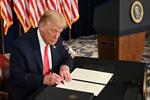 Trump ký sắc lệnh gia hạn cứu trợ kinh tế do Covid-19