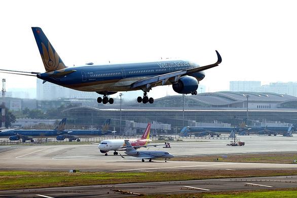 Thông tin tạm dừng các chuyến bay chở khách từ TP.HCM đến các địa phương và ngược lại