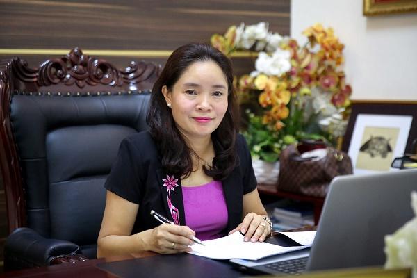 Thứ trưởng Bộ VHTT&DL Trịnh Thị Thủy